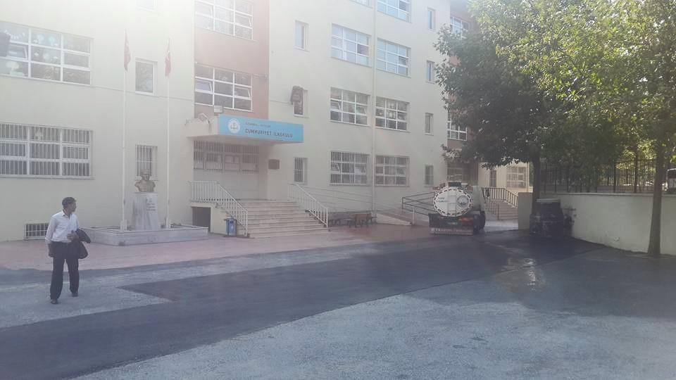 Avcılar Belediyesi Okul Bahçelerini Yıkadı (1)