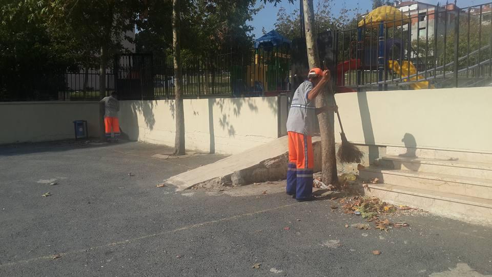Avcılar Belediyesi Okul Bahçelerini Yıkadı (20)