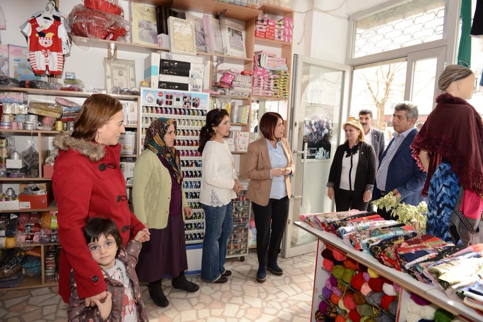 başkan hergün bir mahallede halkla birlikte (12)